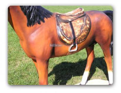 Pferd Lebensgroß mit Sattel Dekofigur Figur Deko - Vorschau 3