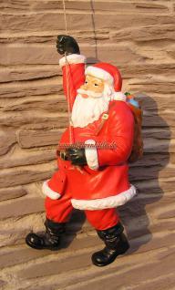 Weihnachtsmann am Seil Figur Statue Skulptur Sack Lustig