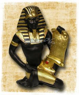Ägyptische Statue Imoteph mit antiker Schriftrolle