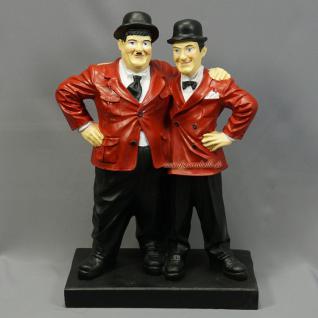 Dick und Doof Figur Arm in Arm rote Jacke Stan und Oliver