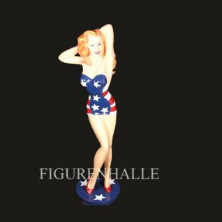 Pin Up Figur mit USA Kleid als Aufstellfigur Deko