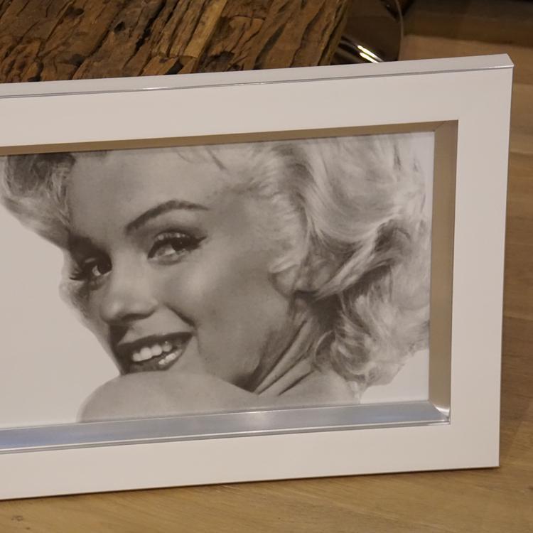 wandbild fotodruck marilyn monroe schwarz wei rahmen holz mit alu kaufen bei helga freier. Black Bedroom Furniture Sets. Home Design Ideas