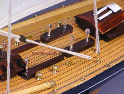 Segelschiff Yachtmodell Endeavour Modell aus Holz Standmodell - Vorschau 4