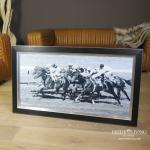 Pferderennen Wandbild Horse Racing schwarzer Rahmen Holz Aluminium