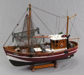 Modell Deutscher Fischkutter Cux87 rot Modellschiff Maritim Deko