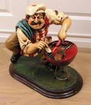 Grilender Koch Grill Deko Dekoration Figur Statue Skulptur Fan
