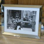 Audrey Hepburn Wandbild Kunstdruck mit Spiegelglasrahmen Deko