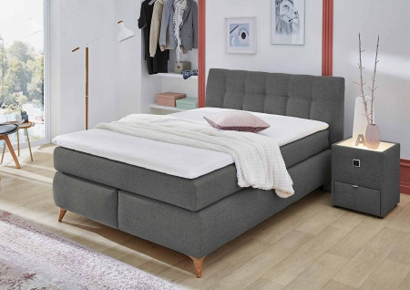 Boxspringbett in grau mit Topper