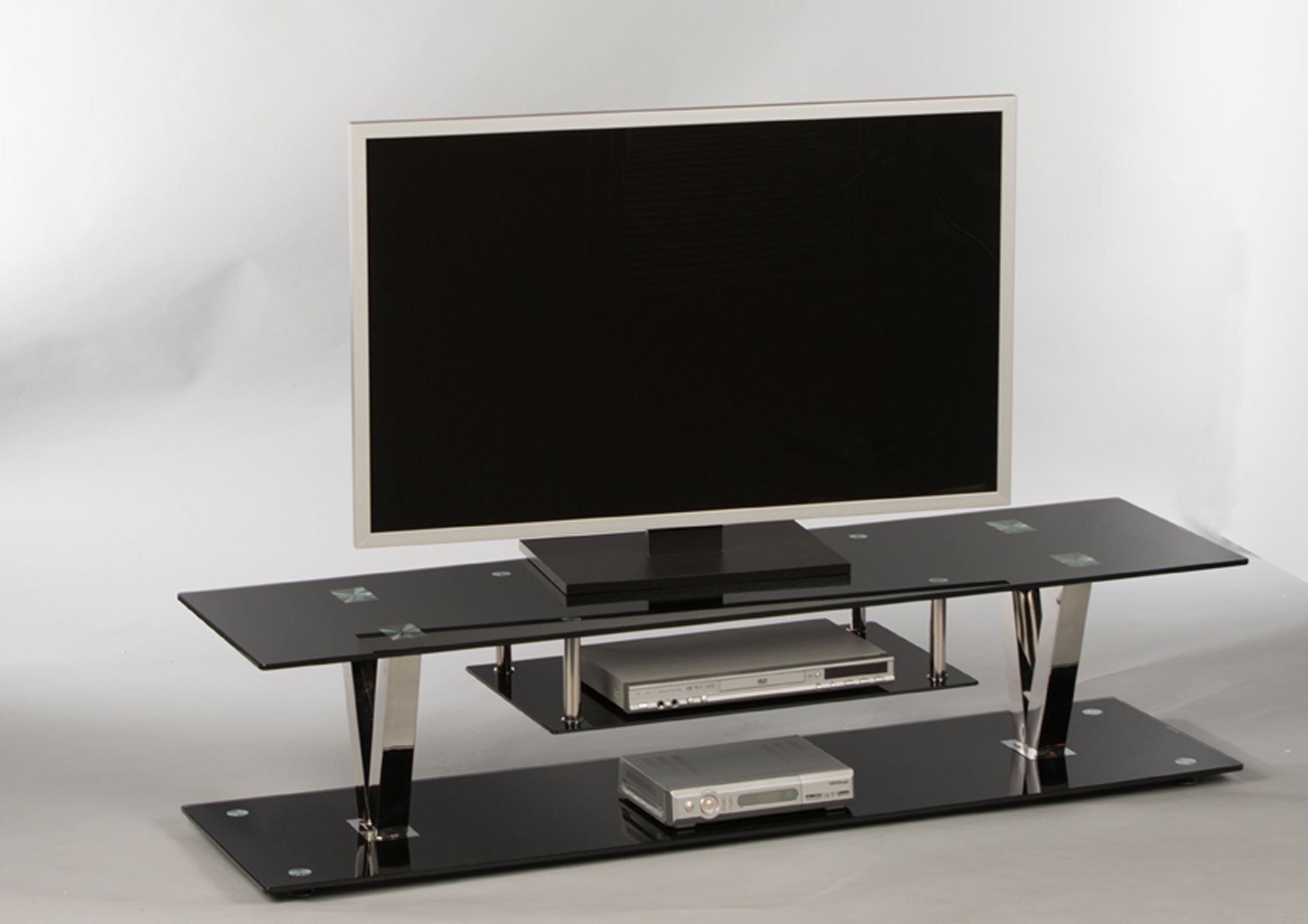 tv bank glas. Black Bedroom Furniture Sets. Home Design Ideas