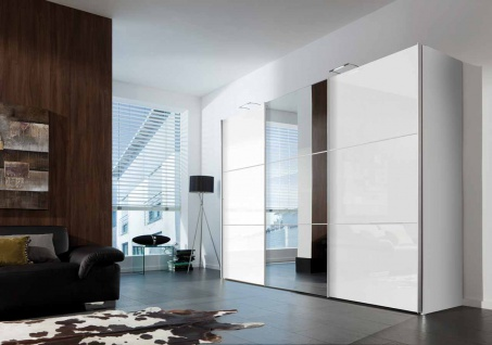 schwebet renschrank wei hochglanz spiegel kaufen bei lifestyle4living m belvertrieb gmbh co kg. Black Bedroom Furniture Sets. Home Design Ideas