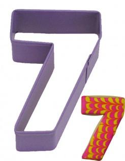 Keks Ausstecher in Form der Zahl 7