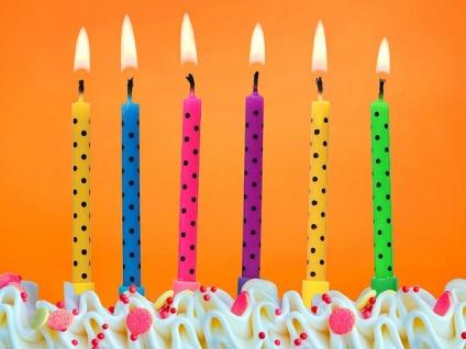 6 Kuchen Kerzen bunt mit Punkten Mix