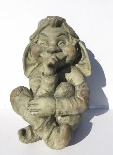 Troll Wichtel sitzend 30cm Daumenlutscher Garten Figur Zwerg Magnesia wetterfest