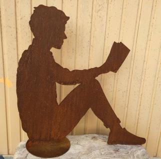 Mann liest Buch 60x61cm Rost Edelrost Metall Rostfigur Lesender Dekoration
