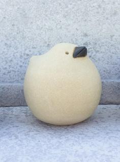 Spatz 11 cm Keramik Ton Figur Handarbeit Susanne Boerner Vogel Garten wetterfest
