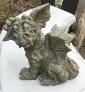 Drache Paffy 24x27cm Gargoyle Polyresin Kunstharz frostfest Drachen Figur Garten