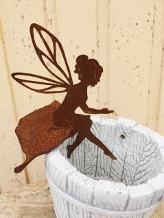 Kleine Fee auf Blatt sitzend als Kantenhocker H 17cm Edelrost Rost Figur Elfe