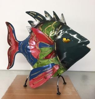 CRAZY FISCH bunt stehend 29x35cm Metall Figur handbemalt Teelicht Windlicht