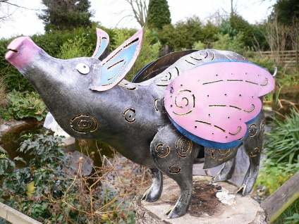 Medusa LEUCHTSCHWEIN LUMINOS FLIEGEND L57cm Metall handbemalt Windlicht Schwein