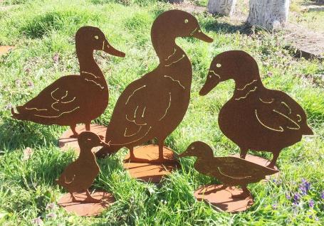 ENTEN MIT KÜKEN Ente Wildente Edelrost Rost Huhn Gans Garten Dekoration Ostern
