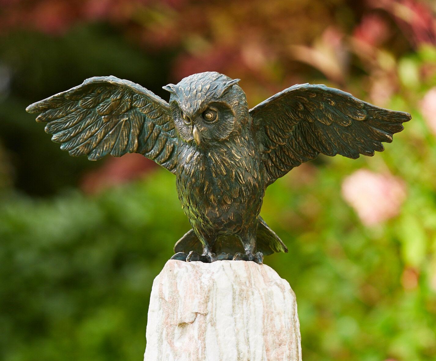 Bronzefigur Uhu mit Flügel offen 20x20cm Rottenecker Bronze Eule Vogel  Skulptur