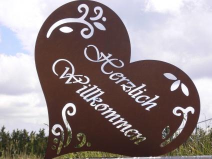 HERZLICH WILLKOMMEN 51x53cm Schild auf Platte Herz Edelrost Rost Gartendeko