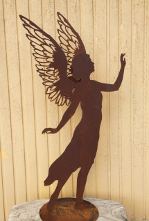 Engel Valerie 138 cm filigrane Doppelflügel Edelrost Rost Weihnachtsengel