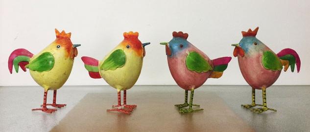 2er Set Hahn und Huhn Kanu 11x12cm Metall bunt Hühner Küken Ostern Dekoration