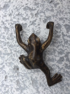Bronze Skulptur Frosch zum Hängen 9cm Bronzefigur Tier Figur Dekoration - Vorschau 4