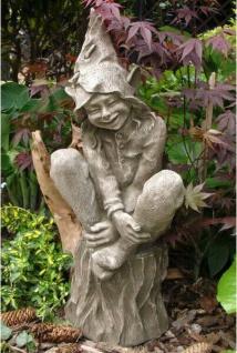 Elfe Foxglove 76cm auf Baumstumpf Steinfigur Steinguss Fee Vidroflor Devonshire