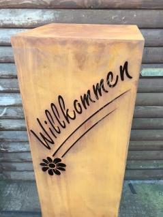Säule WILLKOMMEN mit Blume Höhe 110cm zum Beleuchten Edelrost Rost Podest - Vorschau 3