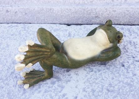 Liegender Frosch L18cm handbemalt Polyresin Kröte Frösche wetterfest UV-fest - Vorschau 2