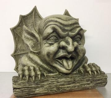 Mauerwächter Gargoyle Kopf Zunge raus 30cm Torwächter Büste Polyresin frostfest