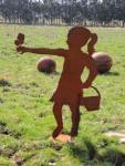 MÄDCHEN LARA MIT SCHMETTERLING 120cm Rost Edelrost Menschen Rostfigur Gartendeko