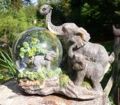 Großer Elefant Schneekugel mit Spieluhr 17 cm Skulptur Glas Figur Dekoration
