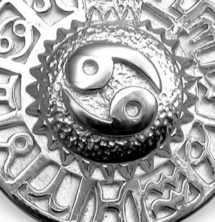 Sternzeichen Krebs - Tierkreiszeichen Amulett aus 585/000, 14 Karat Weißgold - Vorschau 2