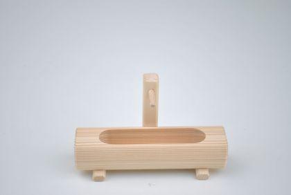 Hofbrunnen aus Holz für Spielzeugbauernhof