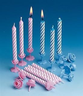 12 Geburtstagskerzen plus 12 Halter 8cm Pink/Weiß