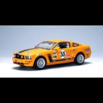 Ford Mustang FR500C 2005 Slotcar 1:24 von AutoArt 14852