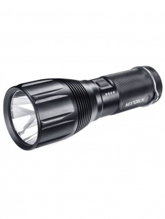 Outdoor LED Taschenlampe 1000 Lumen Nextorch Saint Torch 1
