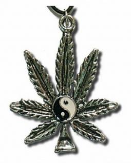 Hanf mit Yin Yang Halskette