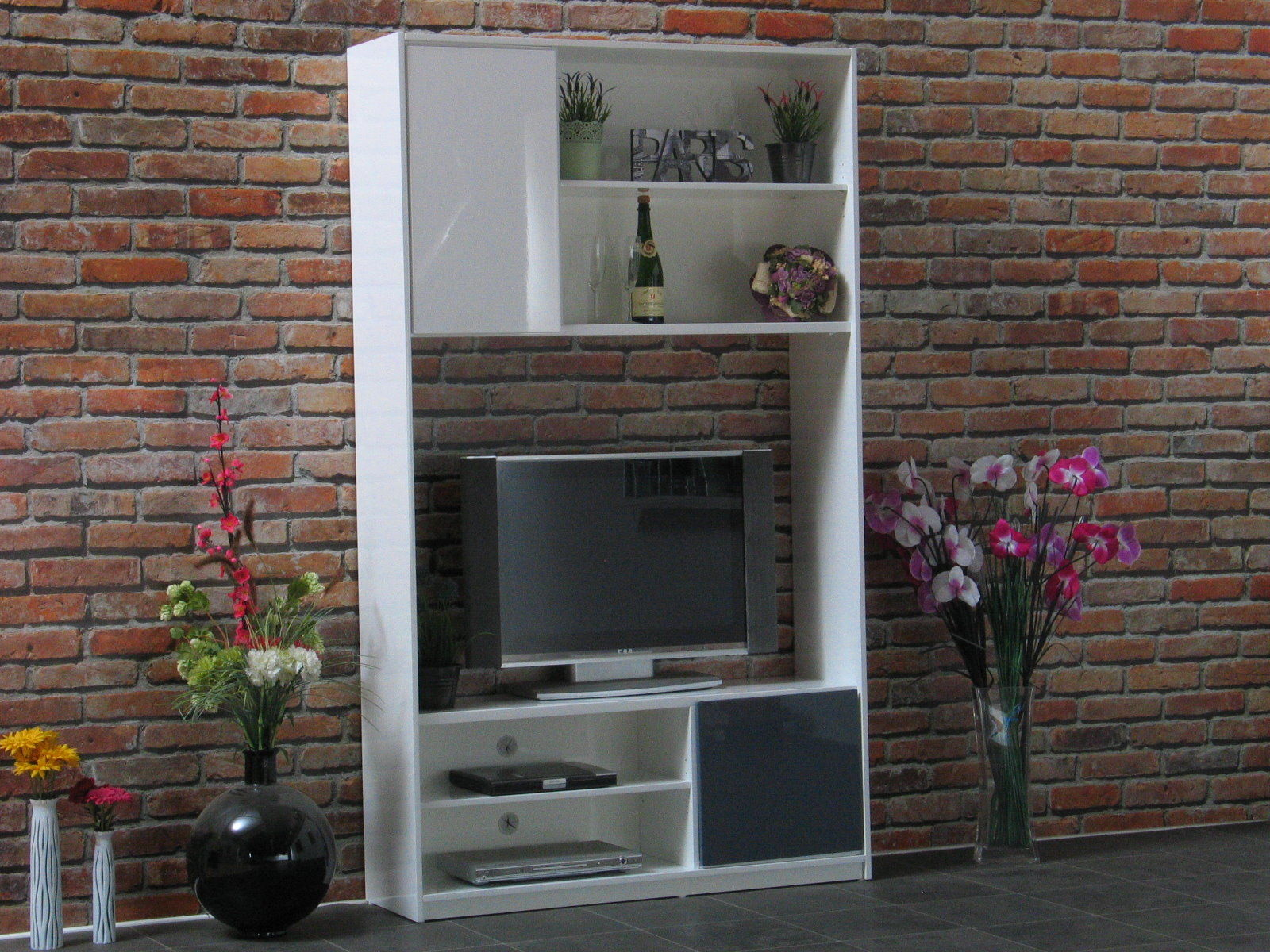 wohnwand uptown hochglanz grau weiss schrankwand regal tv hifi fernseher m bel kaufen bei dtg. Black Bedroom Furniture Sets. Home Design Ideas