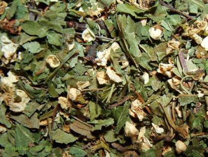 Naturix24 Weißdornblätter mit Blüte geschnitten 1 kg