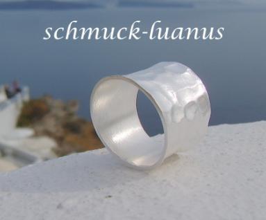 Ring Silber breit gehämmert
