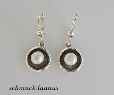 Silberohrringe mit Perlen
