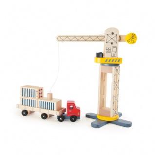 Kran und Transporter aus Holz
