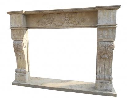 Grauer Barock Marmor Kamin im edlen Design