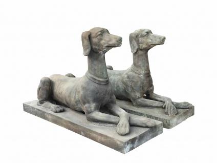 Paar Windhunde Skulpturen lebensgroß Statuen Gußeisen antikbraun