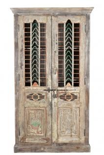 India mächtiger Schrank Metallgitter und Holz Schnitzfronten aus uraltem Tor Rajasthan