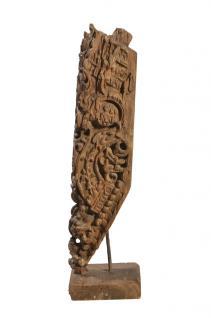 India um 1950 feine geschnitzte Skulptur auf Ständer Teakholz von Luxury-Park - Vorschau